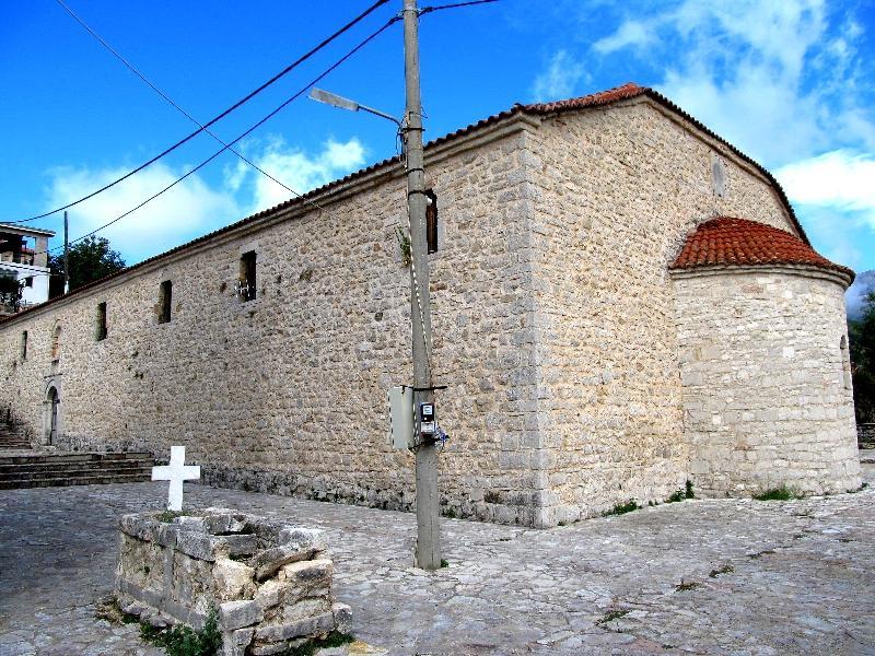 Химара: базилика церкви Всех святых