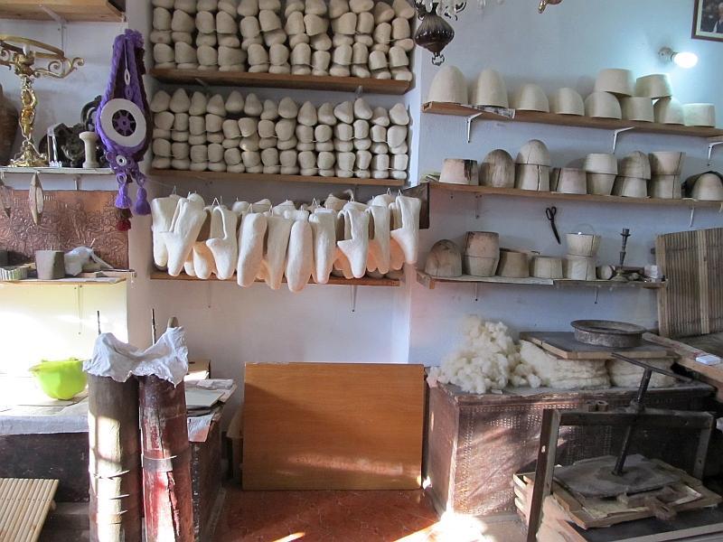 Круя: мастерская шерстяных изделий