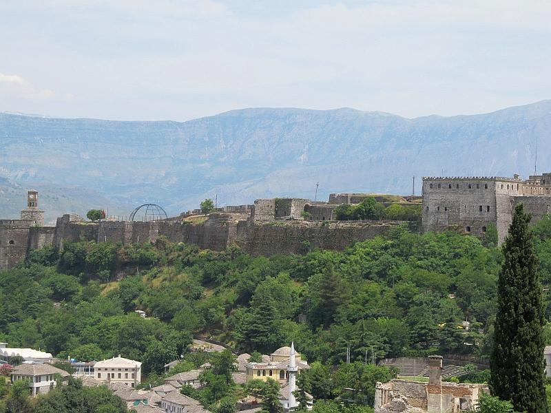 Гирокастра: крепость (северная сторона)