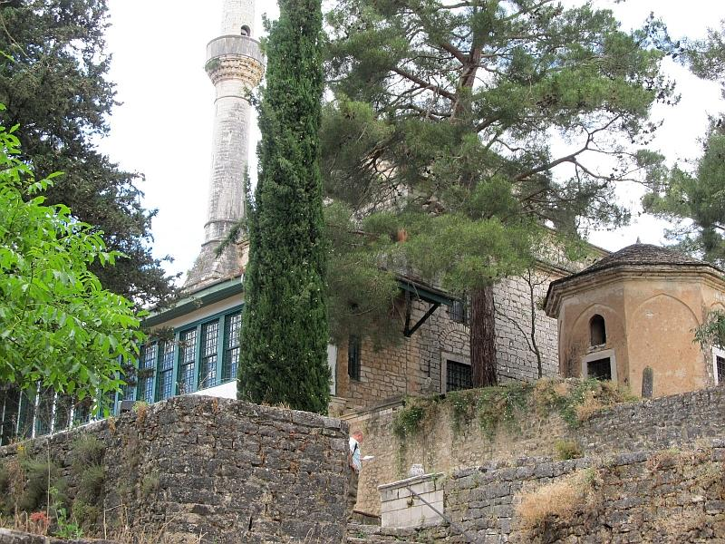 Янина: мечеть и мавзолей Аслан-паши