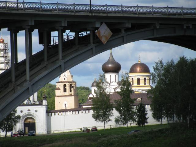 Старица: мост через Волгу