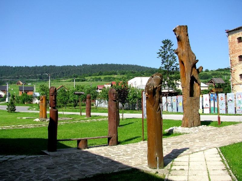 Спишский Хрхов: деревянные скульптуры