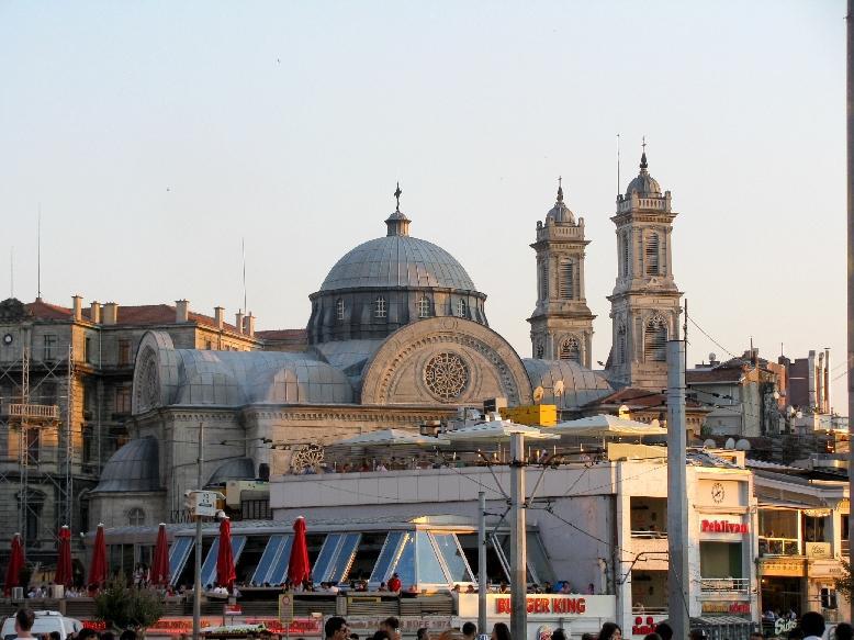 Стамбул: церковь св.Троицы