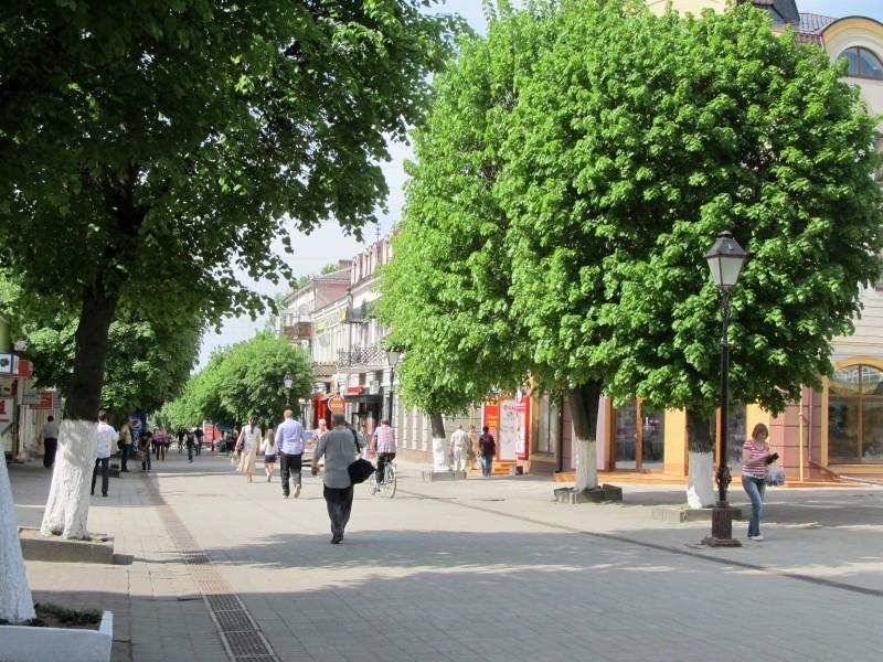 Луцк: бульвар Леси Украинки