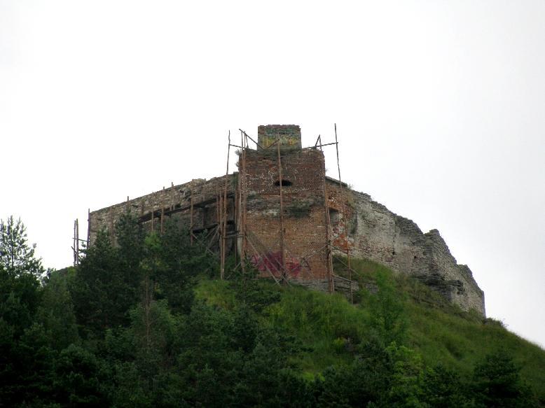 Кременец: руины замка