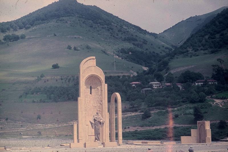 памятник князю Орбелиани