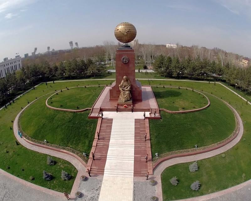 Ташкент: глобус Узбекистана
