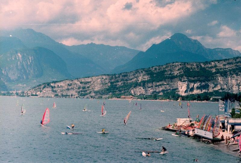 Италия: серфинг на озере Гарда